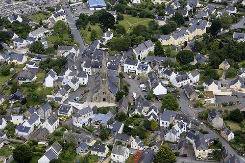 Vue aérienne du bourg de Baden