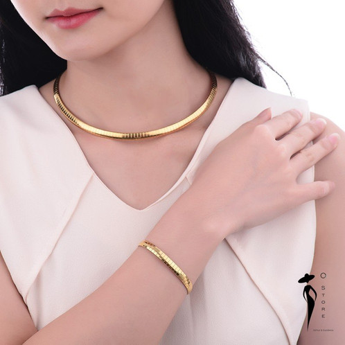 Colar gargantilha dura, banho ouro 18k, malha cobra dura, 6mms de expessura  e 45cms ou 50cms de comprimento. bf00dfb574