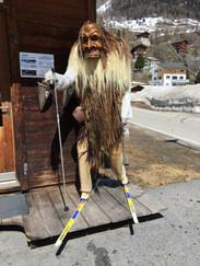 Skieur fatigué du Lötschental