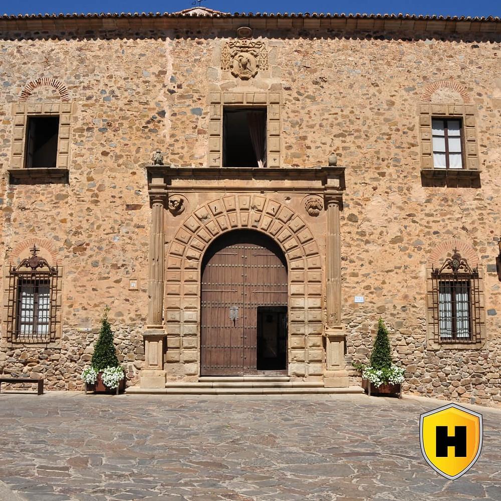 Turismo: Palacio Episcopal de Cáceres