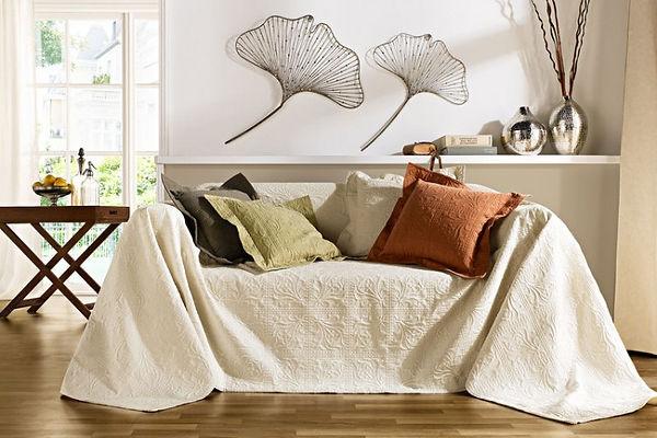 Текстиль в интереьере гостиной , дизайн гостиной