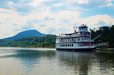 Chattanooga River Boat.jpg