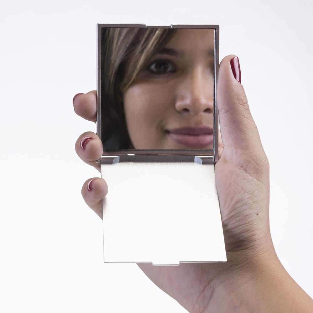 250 - Espelho plástico retangular