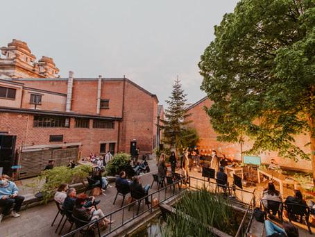 Entrepreneurial Roundup 2021 mét live publiek.