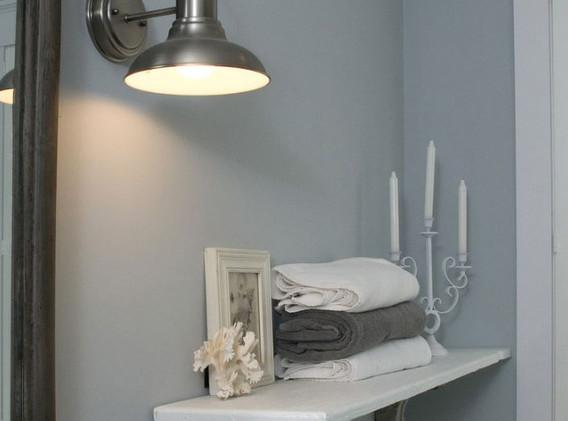 Master Bath shelf.JPG