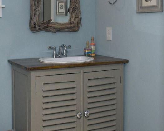 Bathroom 1 vanity.JPG