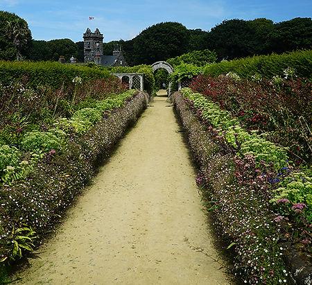 le-seigneurie-gardens-sark.jpg