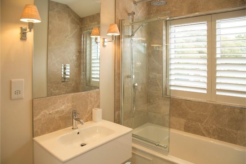 La Grange - Bathroom