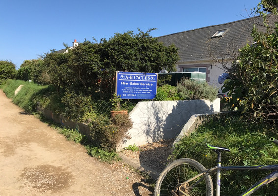 A to B Cycles - Sark