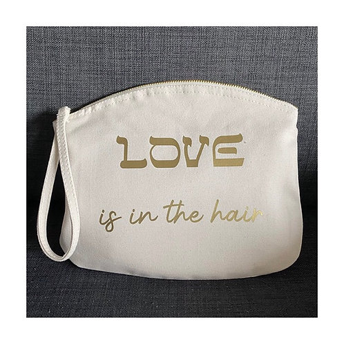 Pochette Love is in The Hair