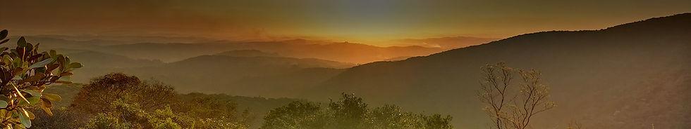 por-do-sol-visto-da-montanha-da-voador.jpg