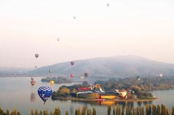 Custom Australia Vacation | GeoLuxe | hot air balloons