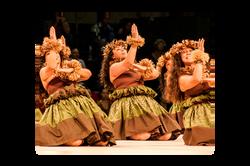 Hawaii Trip Planner | GeoLuxe Travel | hula dancers
