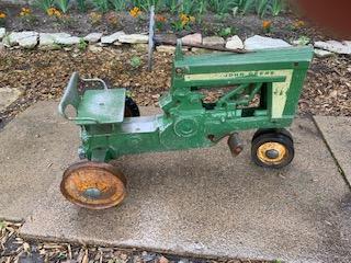 JD Pedal Tractor 1.jpg