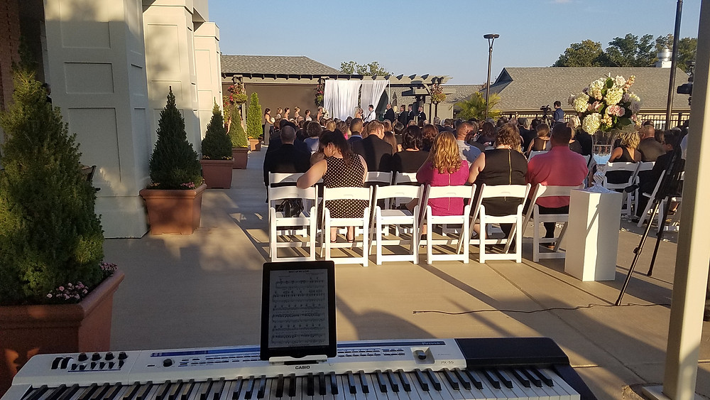 Outdoor Wedding Music in ST Louis by Pianist Dave Becherer