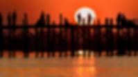 Ava e l'U Bein Bridge