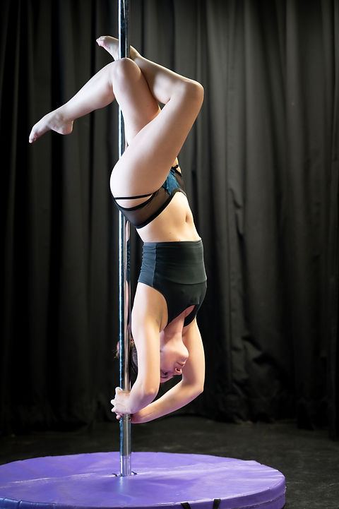 High Intermediate and Advanced Pole Dance Classes at The Oxford Academy