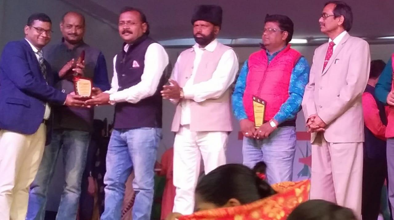 Honour at Green Field school singheshwar