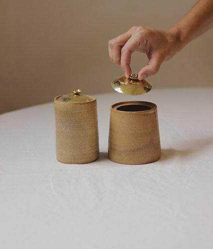 potinhos dourados