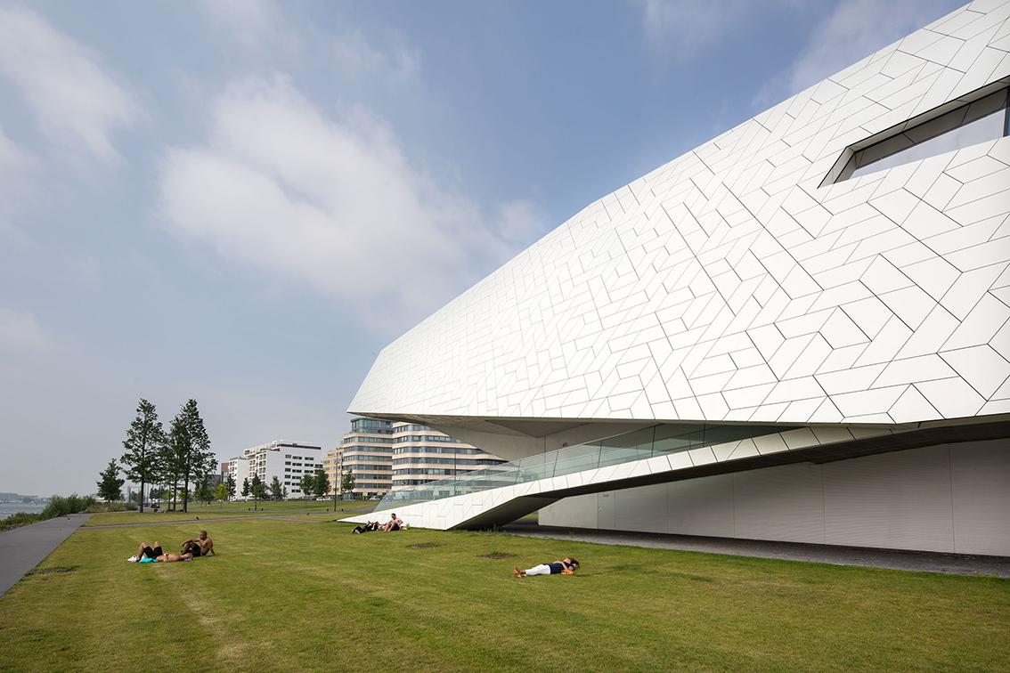 EYE FILMMUSEUM(아이 필름뮤지엄) 위치 암스테르담 네덜란드, Sparkling White (2)