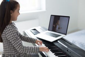 Piano_Online_Learning.jpg