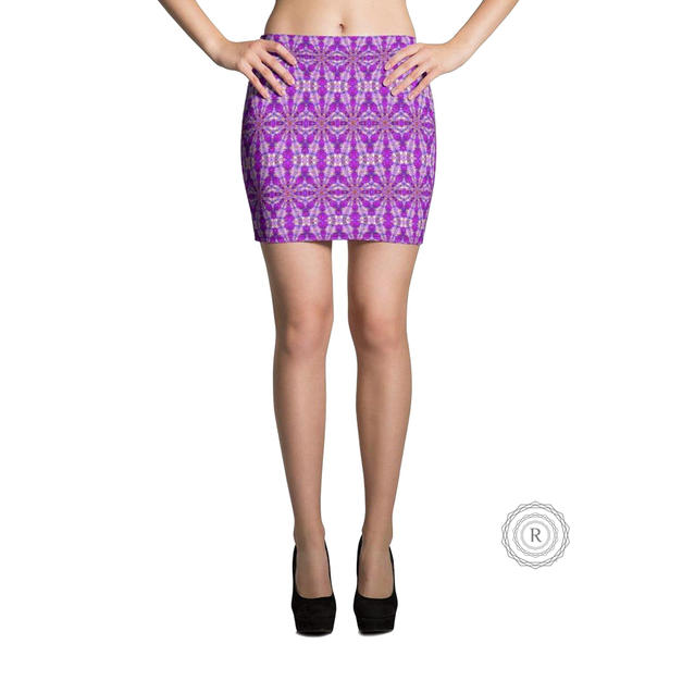 r_05474_recursia-light-loom-mini-skirt.j