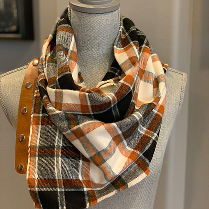 Cream, Black and Rust Plaid Snappie Scarf