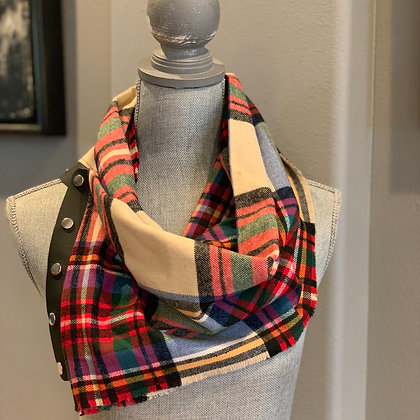 Beige Classic Plaid Snappie Scarf