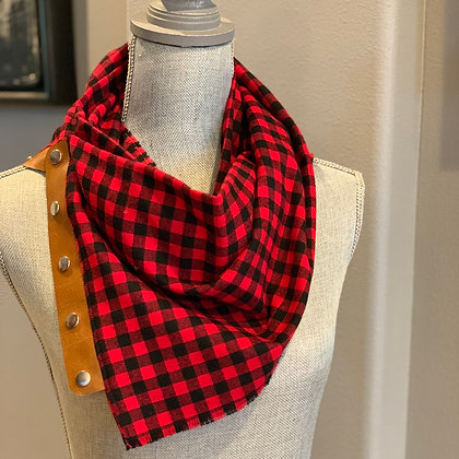 Red and Black small Buffalo Plaid Snappie Scarf