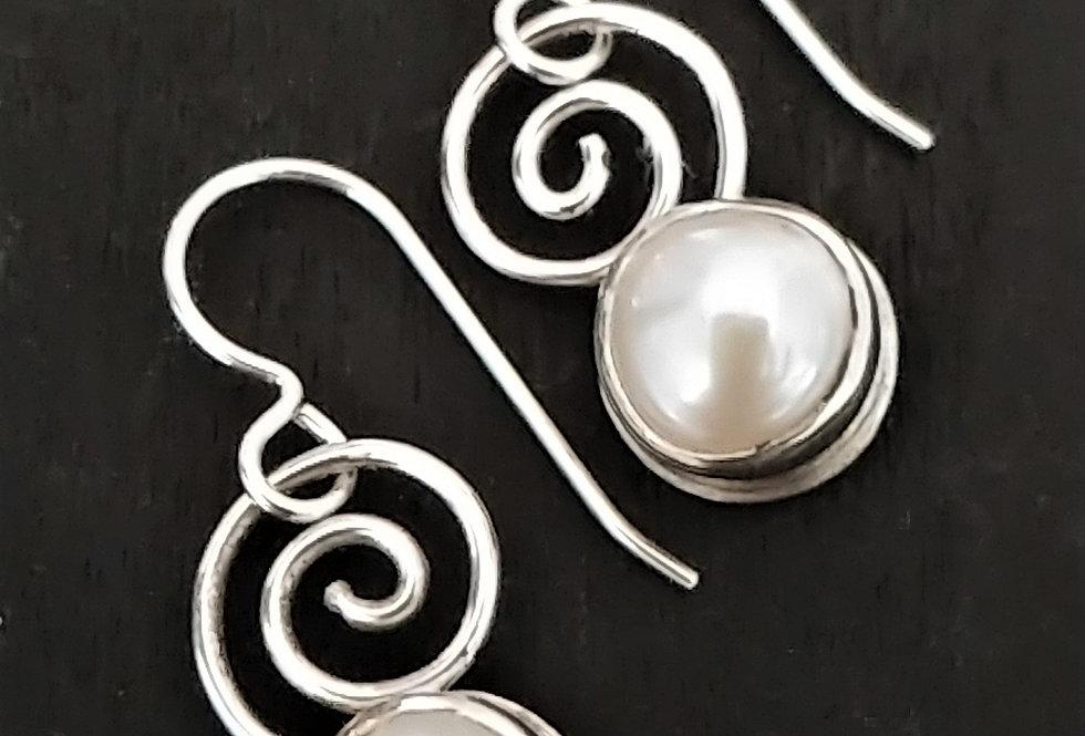 Pearls & Swirls