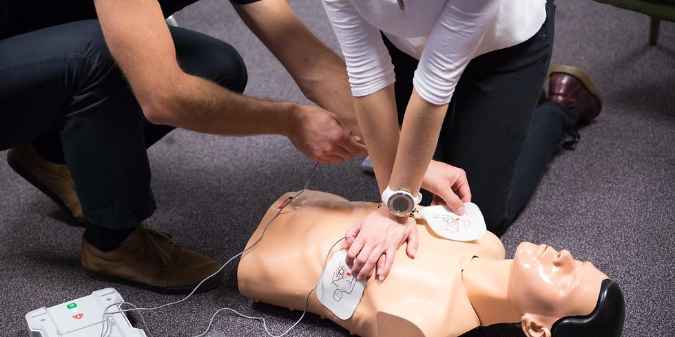 Öppen utbildning hjärt-och lungräddning med hjärtstartare
