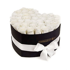 1-Coeur-Collection-White-Roses-in-a-Blac