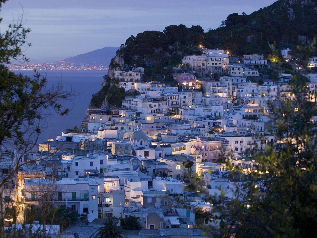 L'ile de Capri la nuit