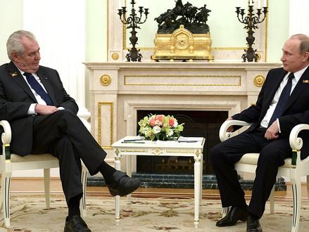 Miloš Zeman vs. BIS: proč a o co se hraje?