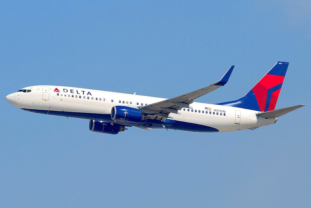 By File:Delta Air Lines Boeing 737-800; N3747D@LAX;10.10.2011 622in (6482376485).jpg: AeroIcarusderivative work: Altair78 - This file was derived from:Delta Air Lines Boeing 737-800; N3747D@LAX;10.10.2011 622in (6482376485).jpg:, CC BY-SA 2.0, https://commons.wikimedia.org/w/index.php?curid=71445390