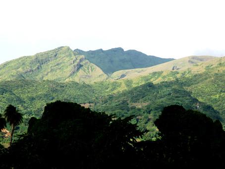 La Soufrière volcano erupts