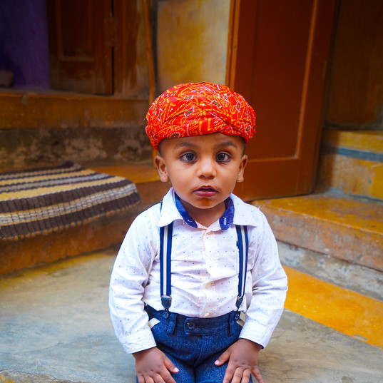 Little boy, Jaisalemer Fort, Rajasthan