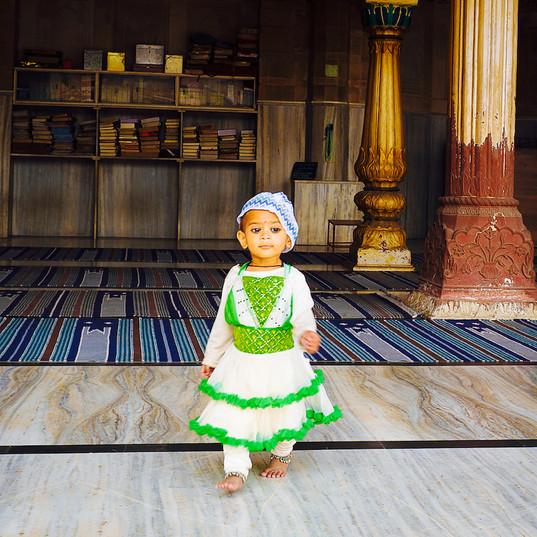 Little Moslem girl at Mosque, Old Delhi