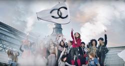 Lili Rose Depp, L'eau N°5 Chanel