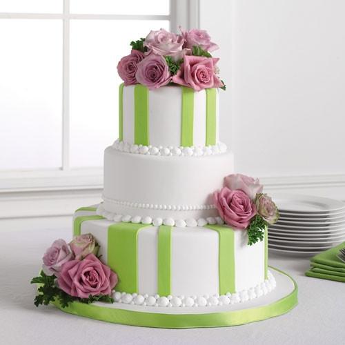 Torta-a-stisce-verdi-e-fiori-rosa.jpg