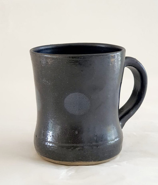 Black cups with grey dot