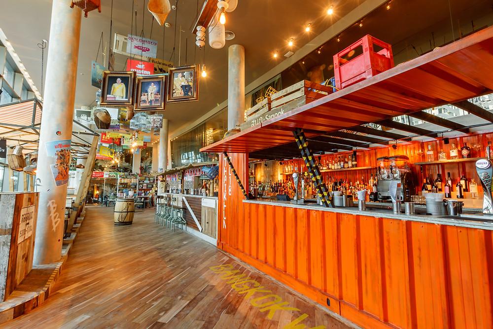 Thaikhun Bar Interiror