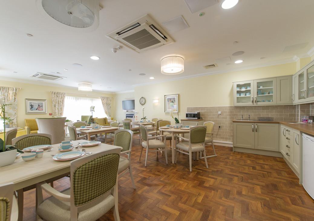 Sevenoaks Care Home - Care UK - Lounger Diner