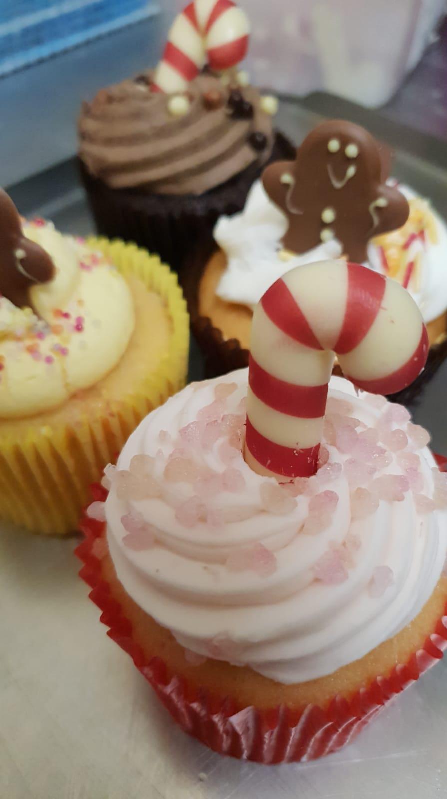 xmas shop - festive cupcakes 1