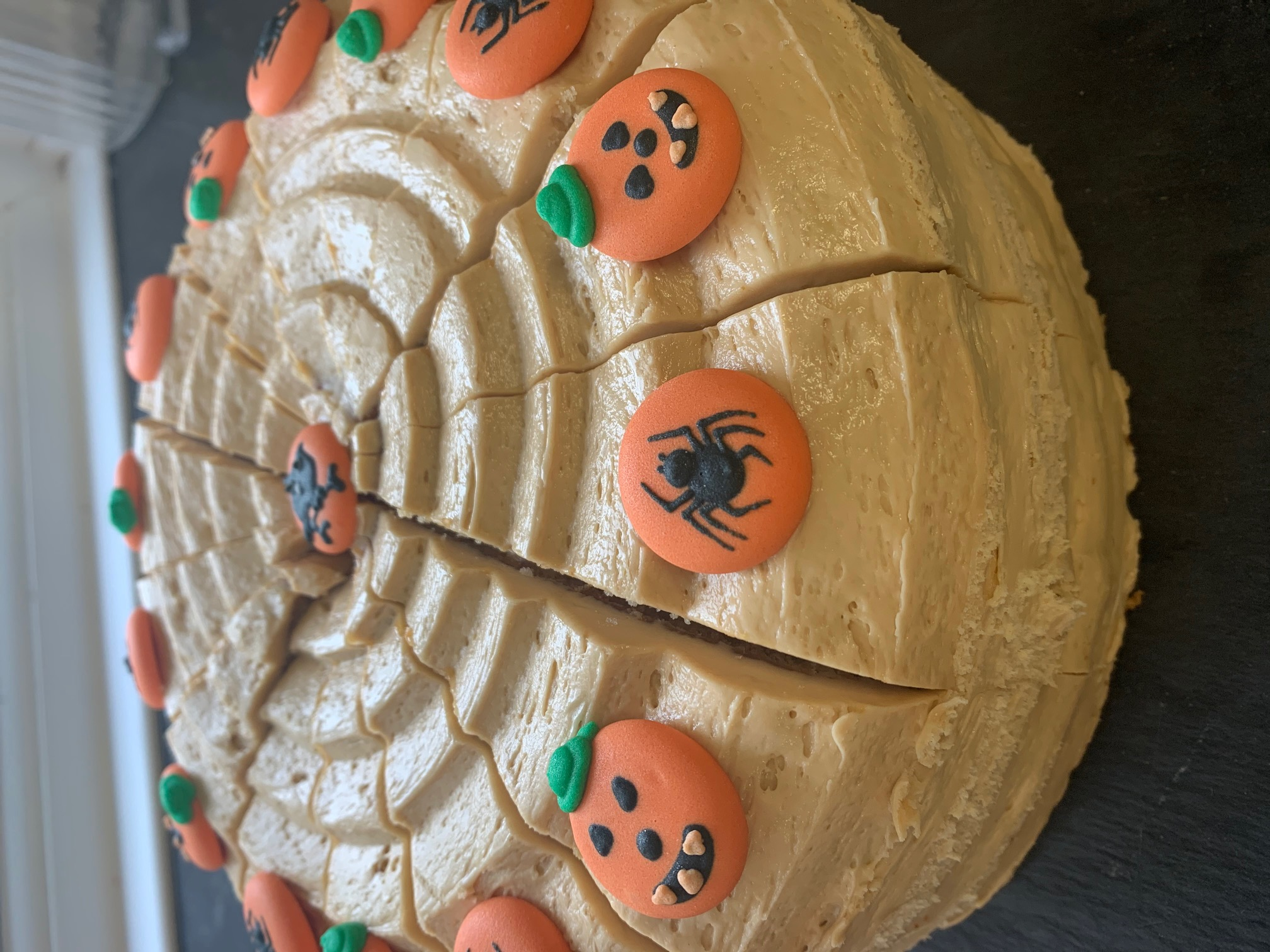 halloween toffee apple cake
