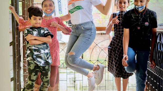 Mishika Chourasia celebrates Independence Day with children at SHED