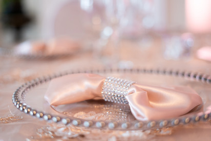 Glass Charger Plate with Blush Pink Satin Napkin