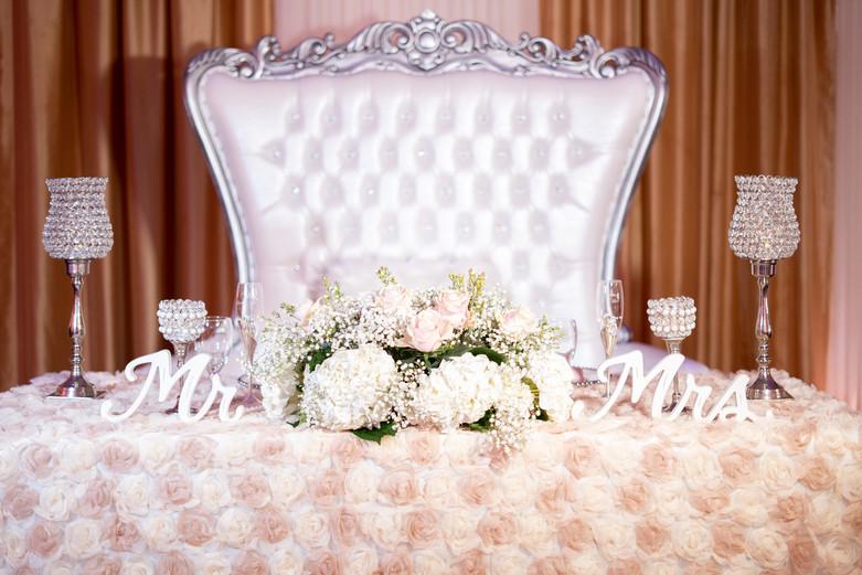 Blush Pink Sweetheart Table