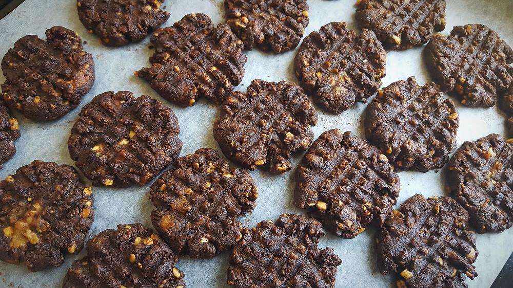 wellfitmum gf df vegan choc cookies glutenfree cookie recipes dairyfree flourfree biscuits