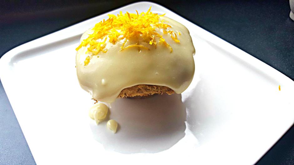 BEST BANANA CAKE & EASY BANANA MUFFINS
